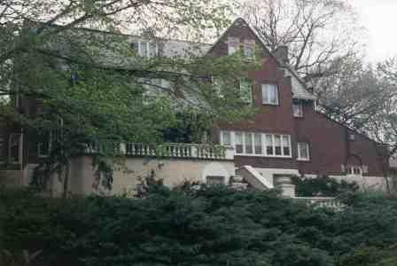 Graver-Driscoll House at South Longwood Drive and South Seeley Avenue, designed by John Todd Hetherington in 1921 (Chicago Pin of the Day, 01/13/2017).