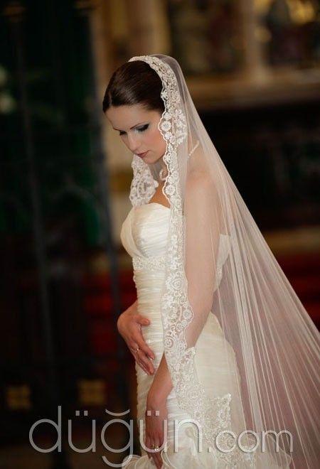 Bridal Veil / GELİN DUVAKLARI, #gelin #gelinlik #düğün #bride #wedding #gelinlik #weddingdresses #weddinggown #bridalgown #marriage #veil www.gun-ay.com