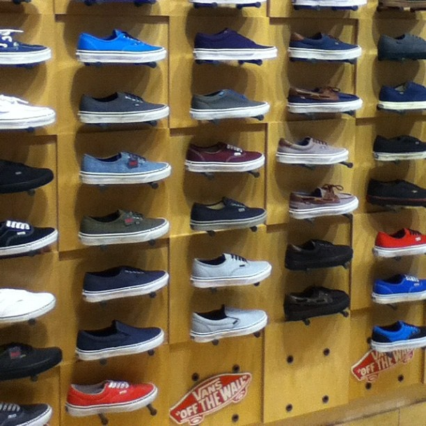 17 Best images about Vans :) on Pinterest | Vans sneakers, Mens ...