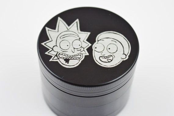 For sale is a Rick and Morty Laser Etched 4 Piece Metal Herb Grinder Laser engraving insures the finest detailing and a smooth finish. High quality 4 piece grinder with magnetic lid made out of aircraft grade aluminum. Grinder measures 2.2 inches in diameter. This is a stock photo, your piece will be very similar. All pipes and accessories are intended for tobacco use only. The user of these products must be atleast 18 years old, or age required by state law. The user is responsible for ...