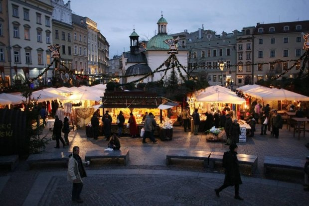 Targi bożonarodzeniowe na Rynku