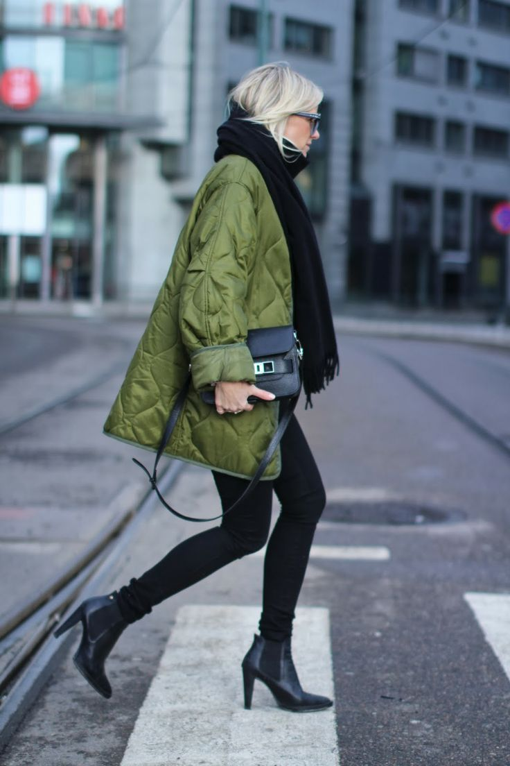 #workwear outfit inspiration Ankle boots and olive green jacket