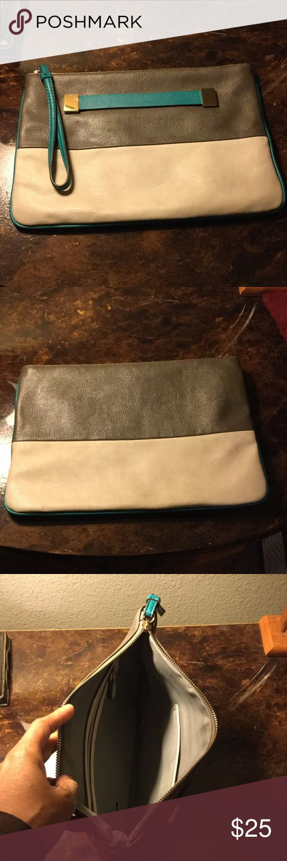 Purse Teal, grey and cream clutch purses 👛 with goals hard ware.  NWOT Bags Clutches & Wristlets