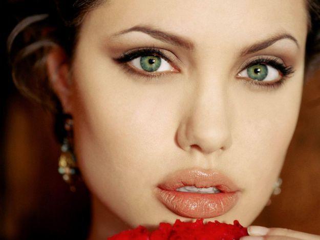 Летний макияж для зеленых глаз ::: onelady.ru ::: #makeup #eyes #eyemakeup
