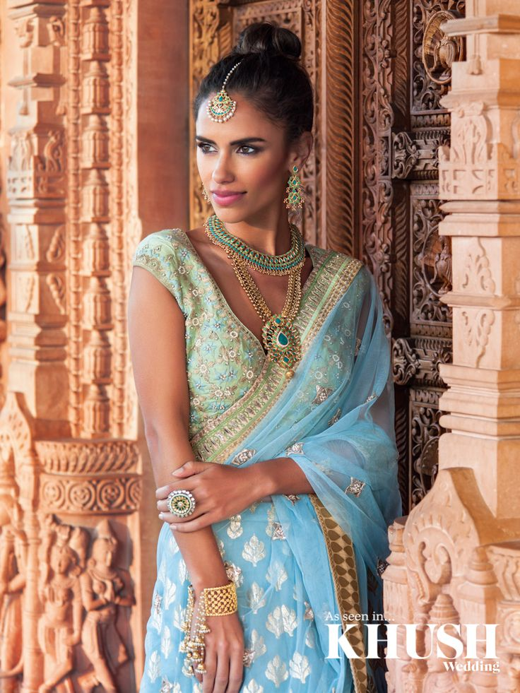 Create jewel envy with beautiful bridal jewellery from Red Dot Jewels 201 Marsh Rd, Pinner, Greater London HA5 5NE +44 (0)7932 027 777 info@reddotjewels.com www.reddotjewels.com Makeup: Gini Bhogal Hair: Shamalah HairStylist Outfits: Aashni & Co. Official Location: Oshwal Centre, Potters Bar