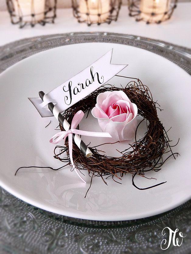 Tischkarte mit Namenskarte, Kalligraphie / handwritten seating cards, wedding, season made by Homely-Tw via DaWanda.com