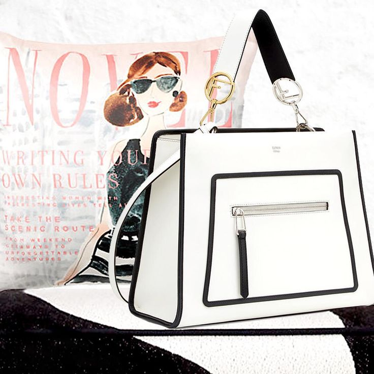 Black & White is always a classic sharp look. The @fendi 's runway bag might grace the arm Jackie O today.