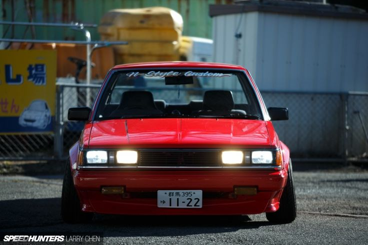 Toyota Carina, always in the shadow of the AE86