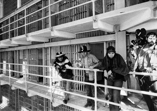 an overview of the famous prison alcatraz Visit the famous alcatraz prison on this wonderful tour you will be able to visit the city of san francisco and take the ferry to the famous prison (including booking and tickets.
