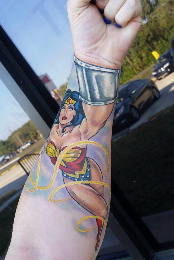 20+ Wonder Woman Tattoos That Will Make You Feel Like One Powerful Chick