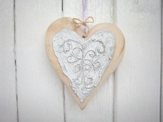 Hanging Heart_R30