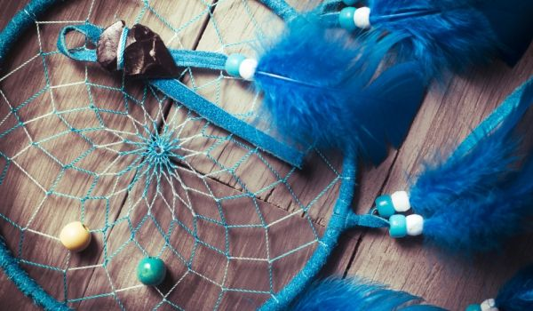 A dreamcatcher is a talisman that comes from Native American mythology. The Native Americans believed that dreams reflected a person's confidence, maturity, goodness and loyalty.