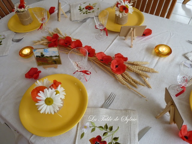 d\u00e9co table bl\u00e9 coquelicot  Centre de table  Pinterest  Tables