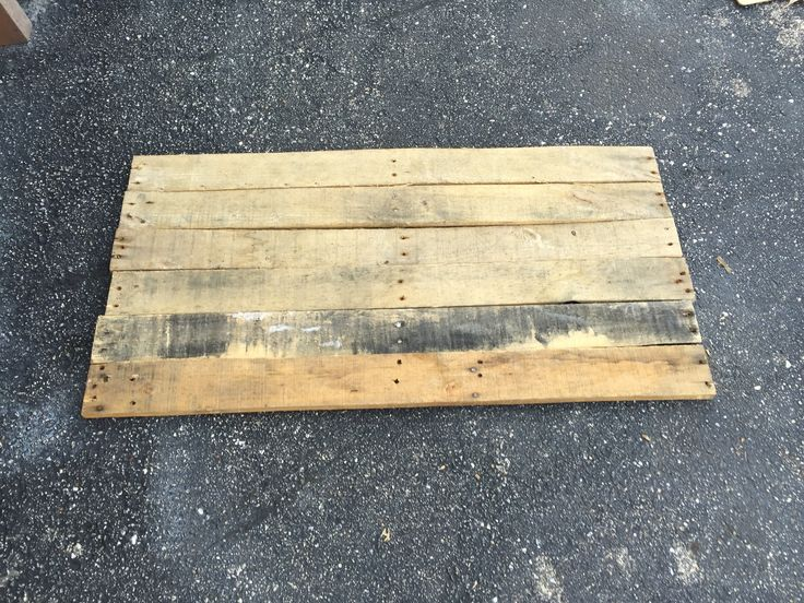 (yet another) distressed 13 colonies flag made from a pallet (#QuickCrafter)