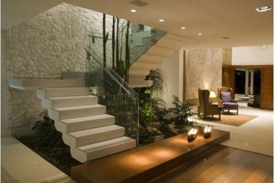 Organização - Abaixo da escada - Prat-K Utilidades Domésticas Ltda