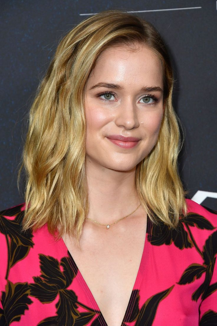 Pin By More Celebs On Morecelebs In 2019 Elizabeth Lail