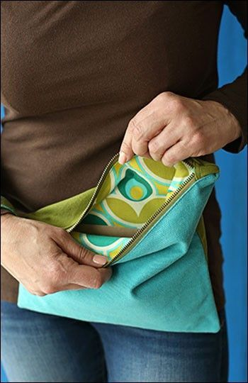 Fold & Go Wristlet sewing pattern by Indygo Junction - Bloomerie Fabrics - Patterns - 5