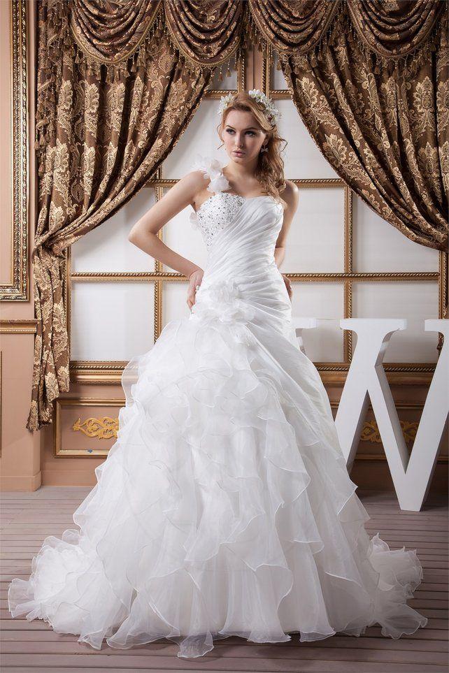 Top Oltre 25 fantastiche idee su Abiti da sposa con perline su  QK71