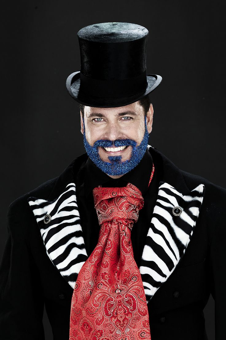 Glitter your beard for the masquerade party www.pandurohobby.com Masquerade by Panduro #DIY #face #paint #dressup #facepaint #masquerade #glitter #beard #fastelavn