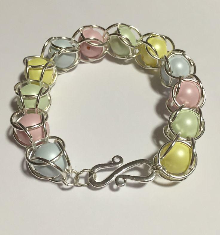 Bracciale con perle incatenate