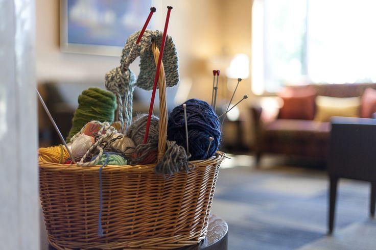 Knitting at Alavida Lifestyles, Ottawa's premier seniors' suites and retirement residence