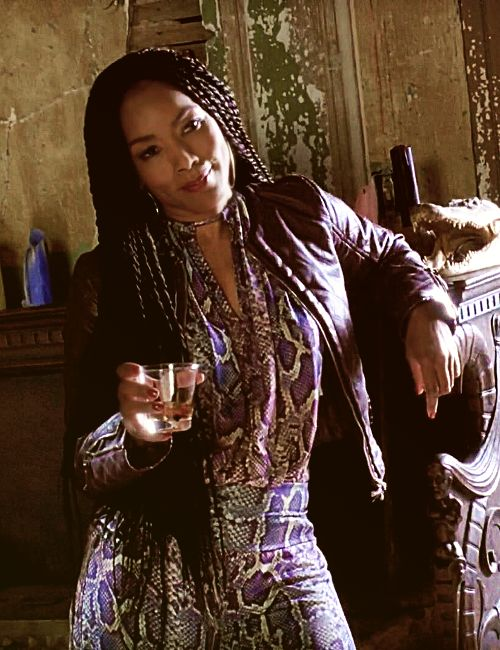 Angela Bassett as Marie Laveau – AMERICAN HORROR STORY COVEN – The fiercest woman on television. Im in love with her.