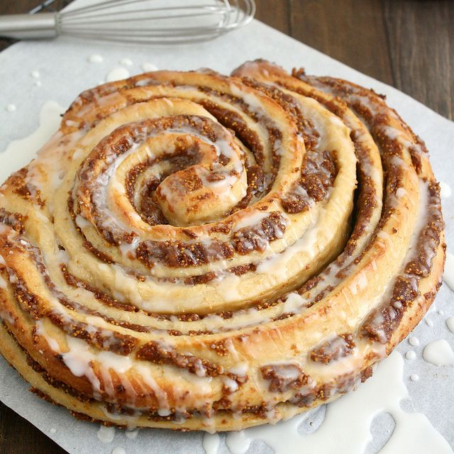 Fig-Swirl Coffeecake by Tracey's Culinary Adventures: Memorial Cakes, Coffee Cakes, Figs Swirls Coffeecak, Boards Italian Cakes, Culinary Adventure, Figs Cakes, Baking, Swirls Cakes, Food Figs
