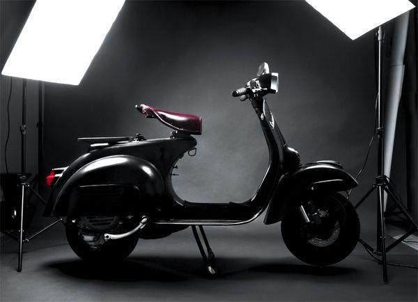 PACKSHOT MOTORCYCLE    VESPA GT 125 by kenyon Manchego, via Behance