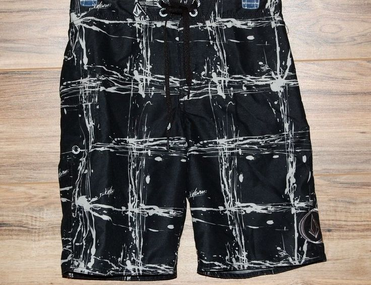 New Volcom Boys Big Youth Boardshorts Shorts Maguro Plaid Mod Black Size 26 / 12 #VOLCOM