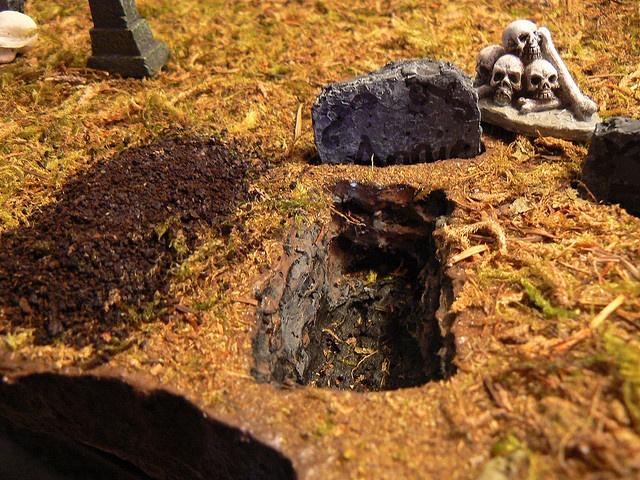 Detail of a fresh grave, via Flickr.