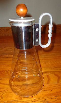 Vintage Buenilum Aluminum Mid-Century Modern Carafe Corning Glass//Lesson from my mom: use to cook asparagus. The pithy bottoms are boiled, and the tops are gently steamed.