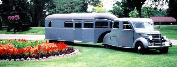 1938 Curtiss Aerocar travel trailer