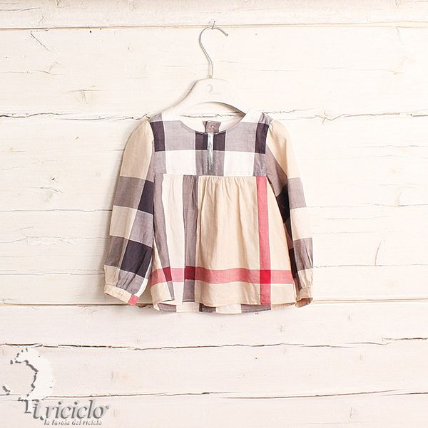 #BURBERRY #camicia #shirt #triciclo #fashion #child #modabimbo #abbigliamentodabambino #trends #news #recycle #secondhand #childclothing #children #clothes  http://shop.triciclo.biz/home/1041-burberry-camicia-2anni.html#