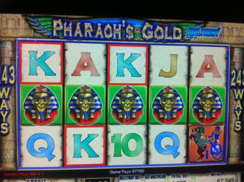 5 scatter on IGT slot Pharaoh's gold. This is almost bad beat picture because bet was 125€ and win was  only  6775€. If you get 5 scatter on this slot you get 10 more free spins (total 20) but no more credits versus if you start your free spins with 3 or 4 scatter.