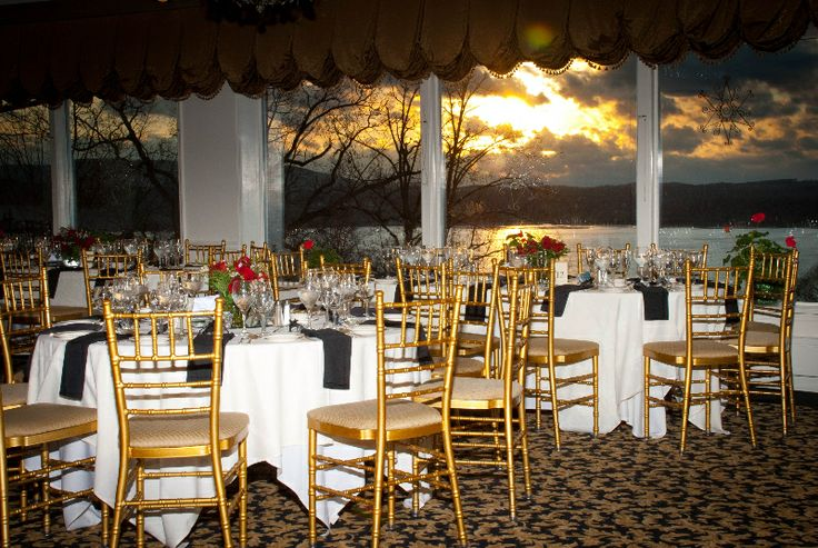 Some Of The Best Sunsets Are In The Winter Hudson Valley Wedding At Dutchess Manor