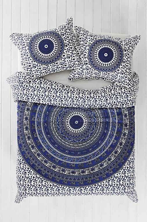 Magical Thinking River Medallion Duvet Cover- Blue