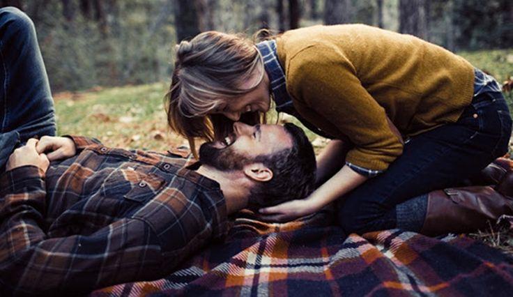 Alguém ainda vai gostar de você, assim mesmo, exatamente como você é. Alguém vai se importar com você, desejar estar com você sempre que possível, vai te l