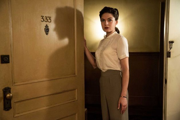 """This photo provided by TNT shows Alexa Davalos in a scene from """"Mob City."""" Davalos stars in the new TNT drama series debuting Dec. 4, 2013, ..."""