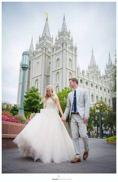 salt lake temple wedding, wedding photo, mormon wedding, modest wedding dress