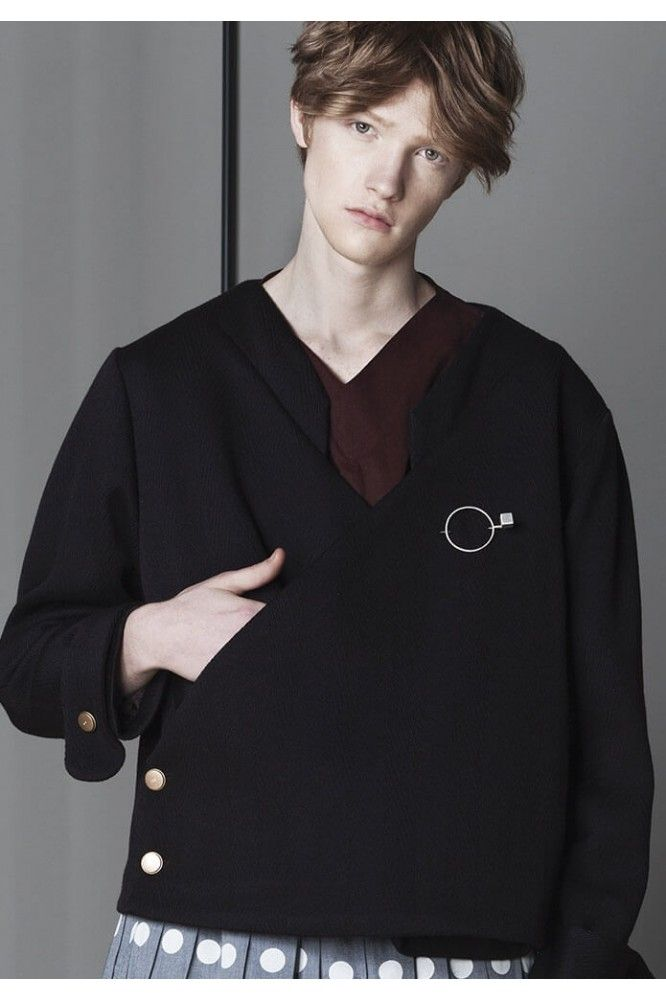 V neck Umber Jacket ww.cajun. #style, #minimalistlook