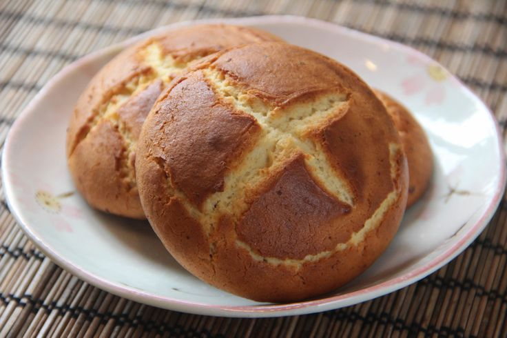 <p>Amashoku is old-fashioned Japanese sweet bread.  It is not yeast bread but more like a simple baked pastry between a cake and a cookie.  Amashoku is very easy to make with easy-to-find ingredients. It is a perfect everyday snack. Amashoku is said to be created 100 years ago in the Meiji era.  It was a …</p>