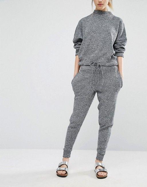Les 25 meilleures id es de la cat gorie tenue pantalon de jogging sur pinterest pantalons de - Jogging a la mode ...