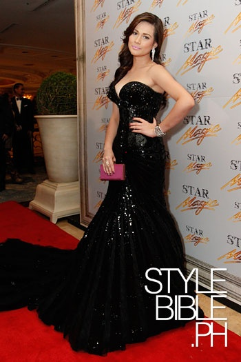 Bea Alonzo in a black embellished gown by Michael Cinco.