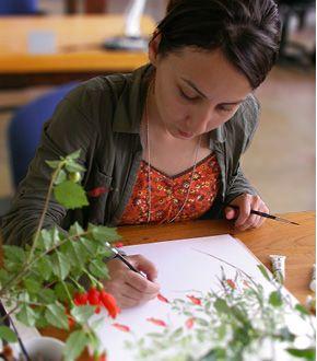 Gülnur Ekşi painting at RBGE