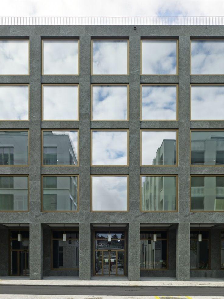 Richtiring Office Building / Max Dudler