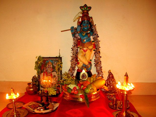 An interesting Hindu festival that is celebrated in true Keralan style is Vishu, marking the new year of the Malayalam calendar