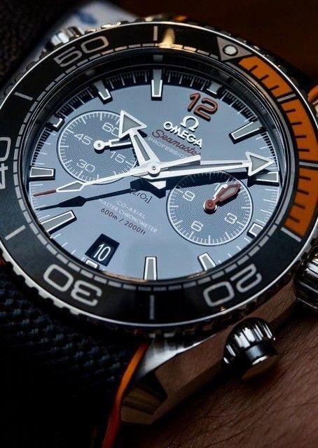 Omega Seamaster Planet Ocean Master Chronometer Collection @majordor #majordor #omegawatches #omegaseamasterplanet #luxurywatches   www.majordor.com