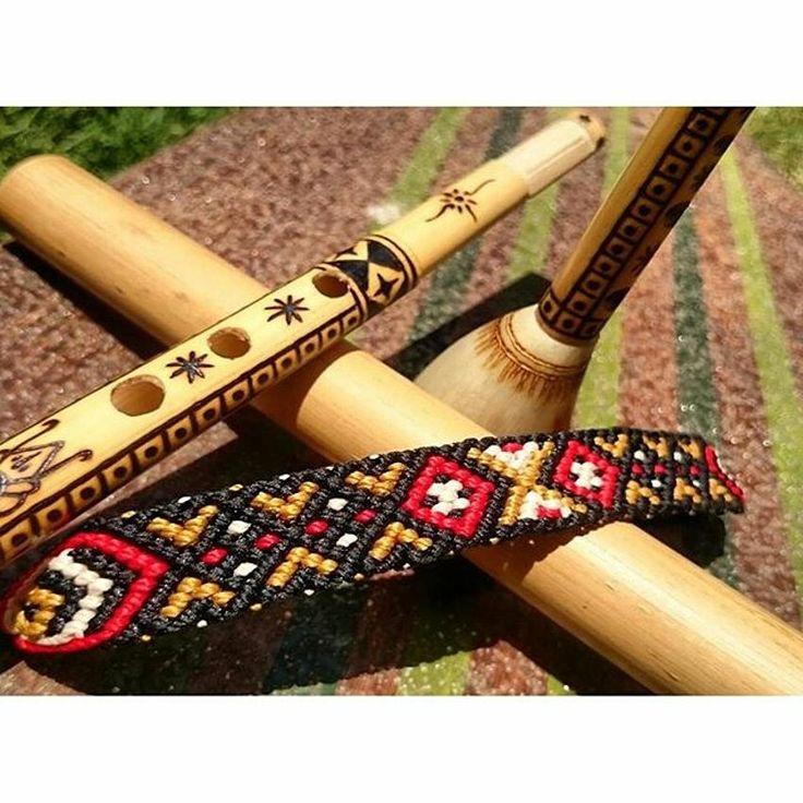 Gelang: ~Pa'Sala'bi~  Doa/Maknanya: Pa'Sala'bi / Sala'bi berasal dari ukiran Toraja (Tana Toraja). Sala'bi yang bermakna untuk menghalangi atau menangkal semuah yang tidak baik.  Panjang: 16cm untuk pattern, untuk keseluruhan 22cm. Lebar: 1,5 cm