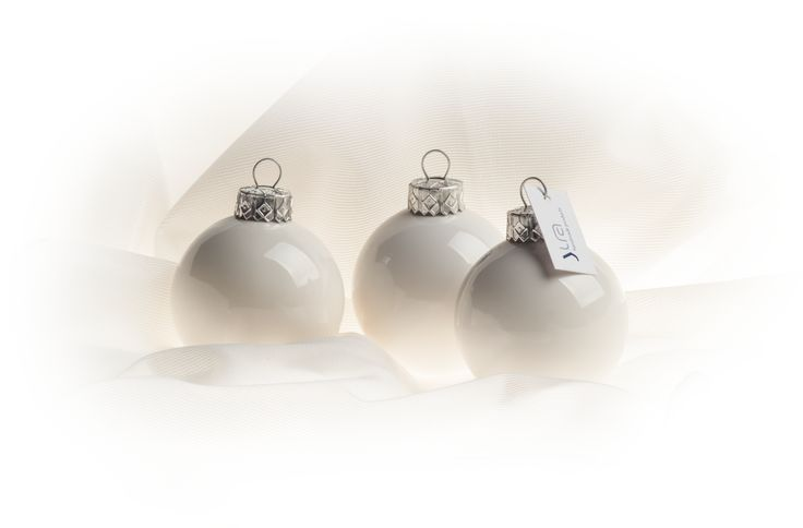 Porcelain christmas sphere - WHITE