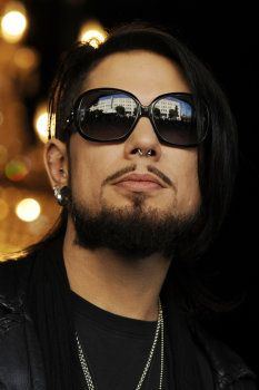 DAVE NAVARRO'S LOFT LISTING ON AOL REAL ESTATE